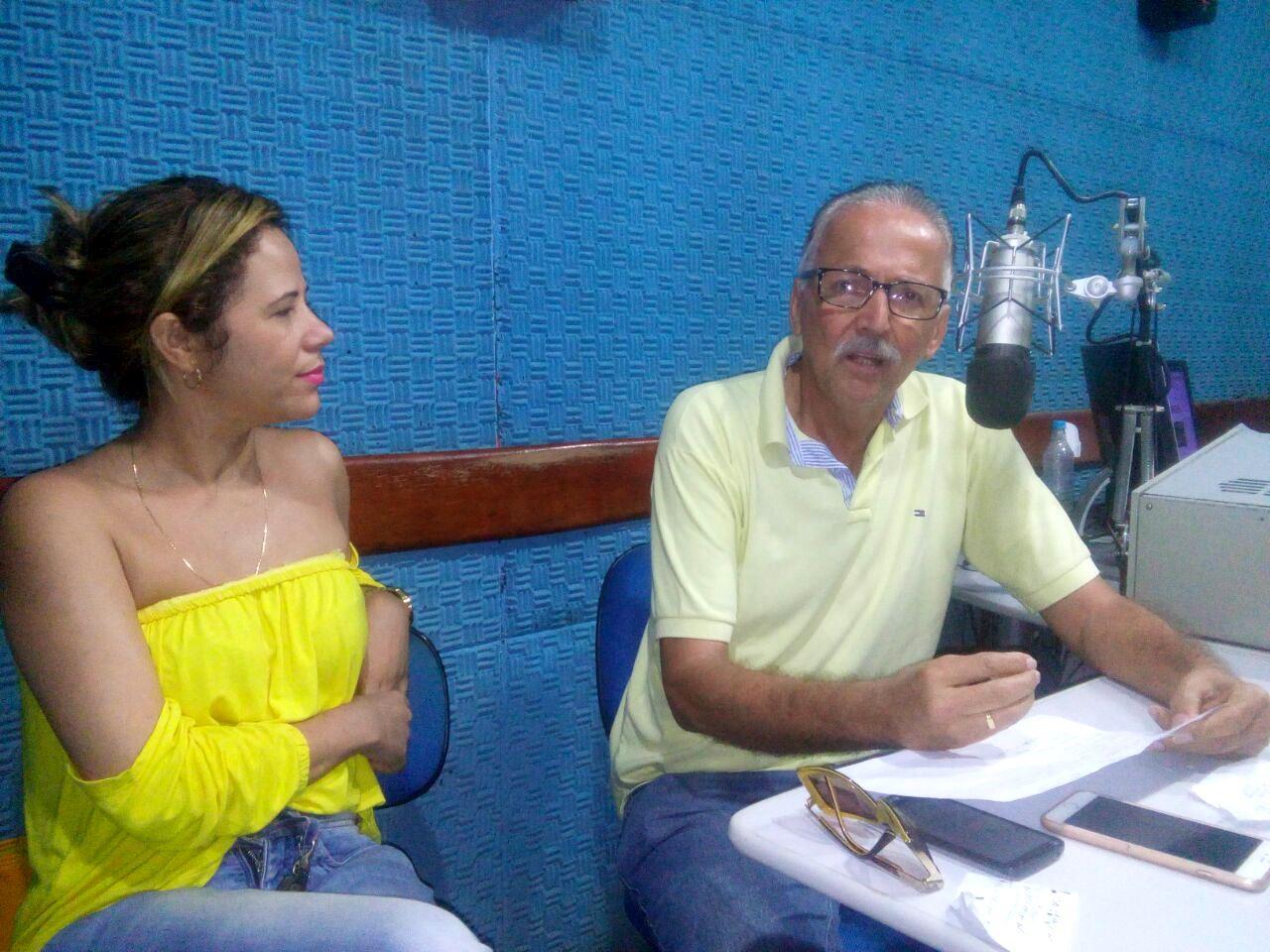 Léo, ao lado da esposa Cleide Quadros