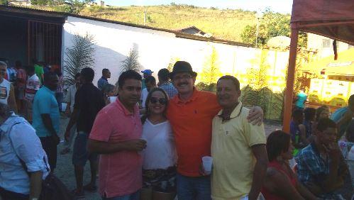 """Cezário com o articulador político """"Planketa"""", o empresário Vicente Cardim e sua esposa Jamille"""