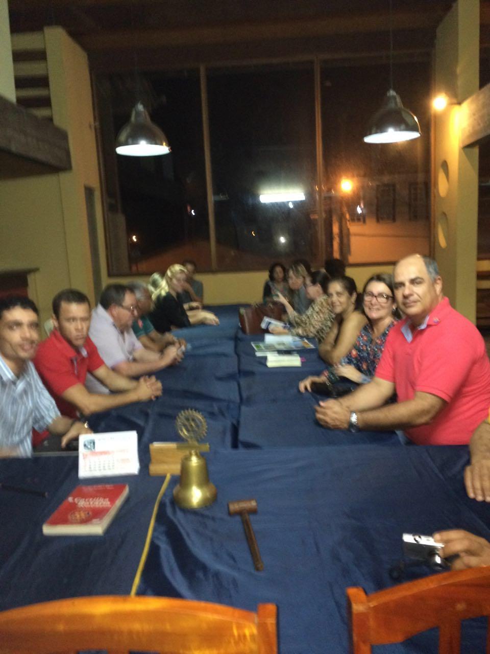 Rotarianos estiveram reunidos para planejar a campanha