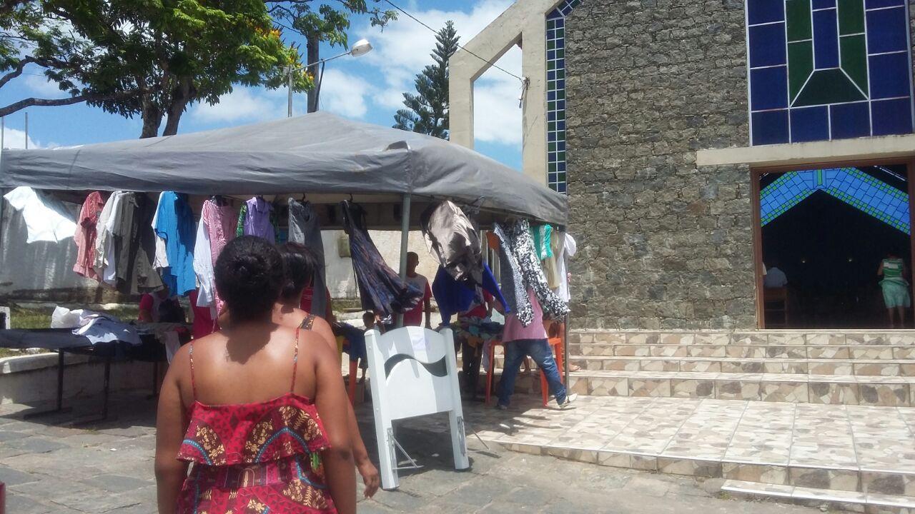4fcb067d5d8 Acontece neste domingo (30) em frente à igreja de São José Operário a  partir das 8hs em Ipiaú mais uma edição do Bazar Solidário da Pastoral  Familiar