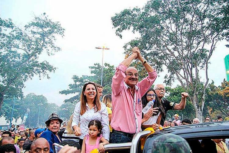 Candidato Fernando Gomes (DEM) está com registro indeferido, mas venceu nas urnas por ampla margem