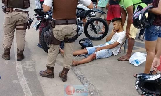 Um dos condutores teve escoriações pelo corpo. (Fotos: Noel Rodrigues / Ipiaú On Line)