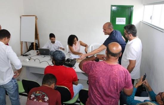 Na abertura dos editais, houve confusão entre representantes de concorrentes. (Foto: Paulo Barbosa / Rota 51)