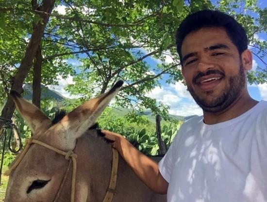 Polícia investiga a motivação da morte de Márcio - (Foto: Reprodução / Facebook)