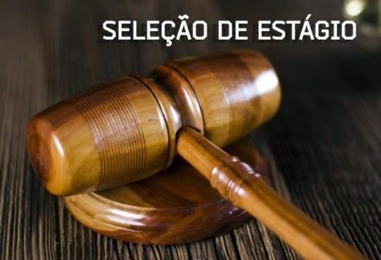 Estágio para estudantes de Direito.