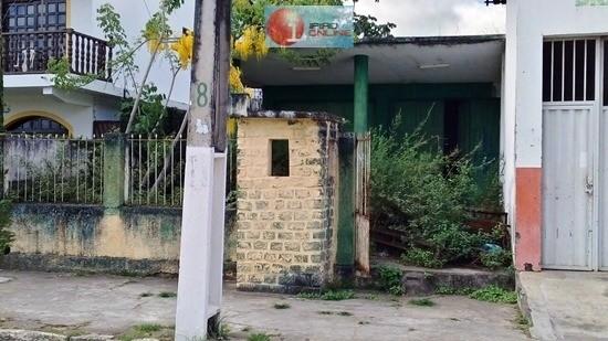 Atual situação da antiga sede do Tiro de Guerra. (Foto: Noel Rodrigues / Ipiaú On Line)