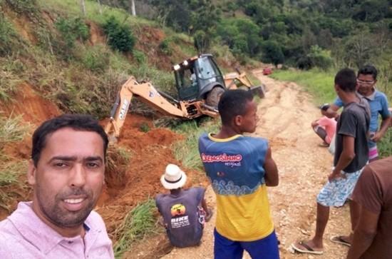 Interveio junto à Embasa para levar a rede de água para moradores da Irmã Dulce.