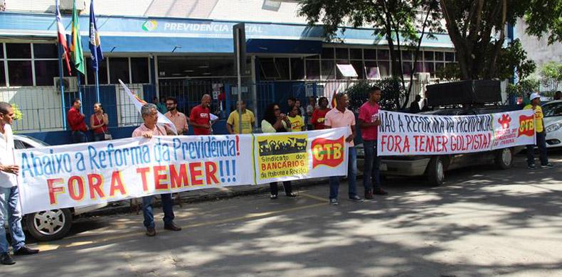 Protesto contra reforma da previdência em Itabuna.